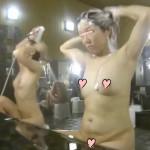 【銭湯専門女盗撮師】大浴場で熟女若妻を狙って接近隠し撮り!肉がブヨブヨ、ちょっぴりだらしない女体が逆に萌える!シャワーを顔に浴びてブサ●クな顔に…リアル盗撮だからこそ見れる姿。