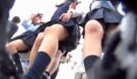 【実録JKパンチラ盗撮】階段でJKのパンツ大漁捕獲!逆さ撮りカメラにカワイイ制服JKちゃんが入食い状態!JK軍団をひたすら追っかけ生脚パンツ盗撮!